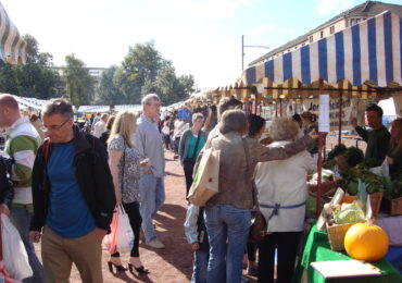 Idea for the Weekend: Visit a Farmer's Market