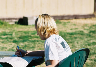 Taking Homework Outside: 5 Steps to Start Studying Outdoors