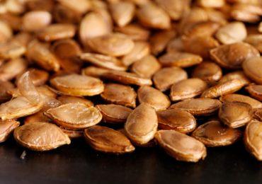 Idea for the Weekend: Roast Pumpkin Seeds