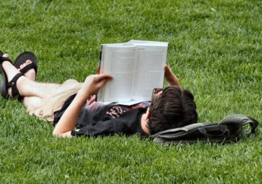Activity of the Week: Read Outside